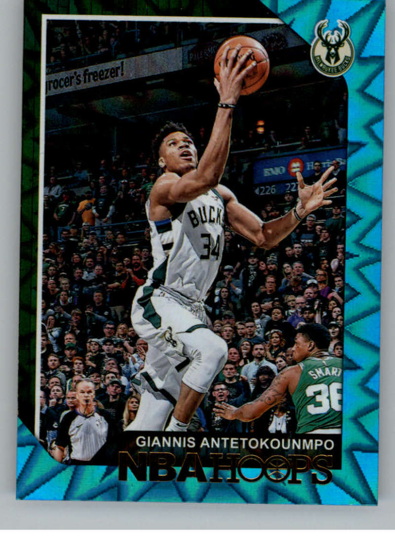 2018-19 NBA Hoops Teal Explosion #4 Giannis Antetokounmpo Milwaukee Bucks  Official Trading Card made by Panini