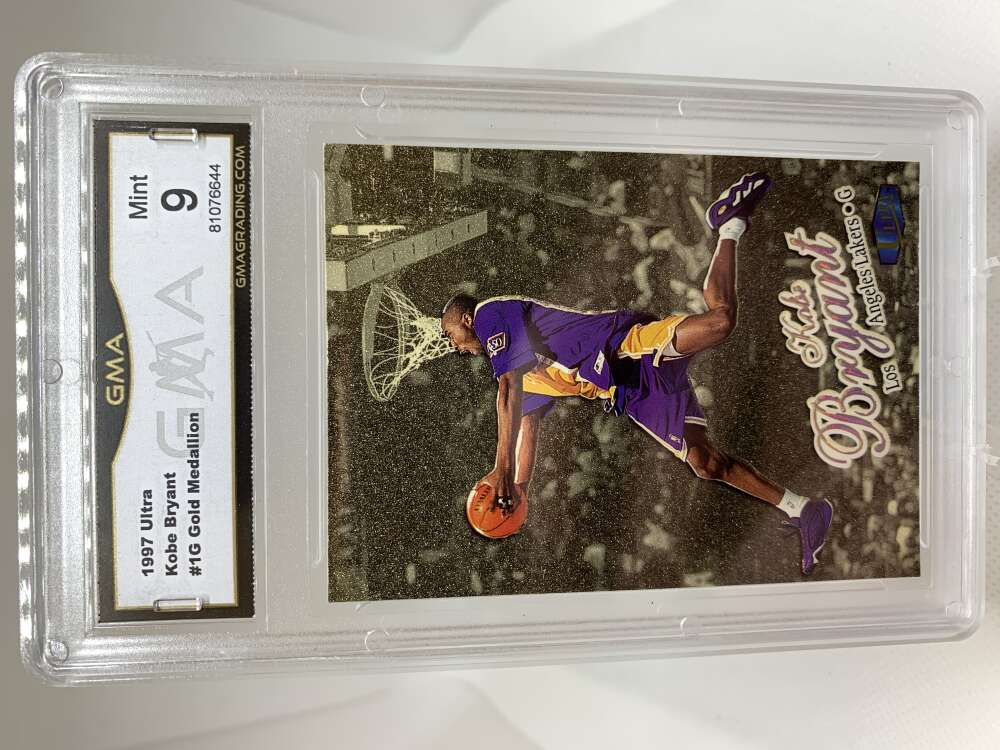 GMA Mint 9 Certificate #81076644 1997-98 Fleer Ultra Gold Medallion #1G Kobe Bryant  Los Angeles Lakers
